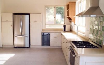 2 נושאים משמעותיים בעיצוב מטבחים כפריים